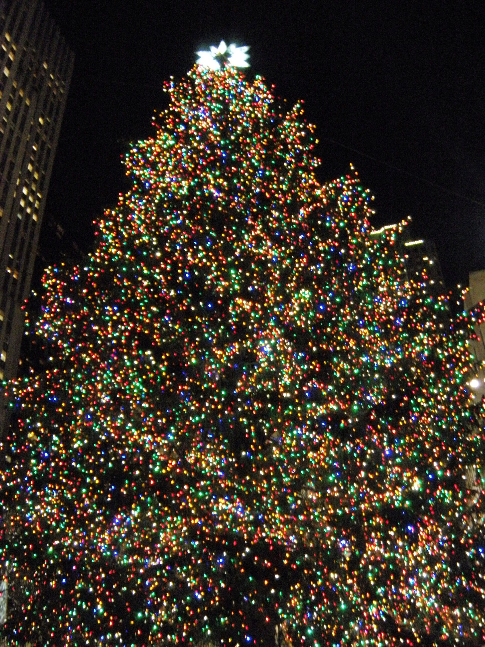 that i love christmastimeits truly my favorite time of the year and all my life i have wanted to have the christmas experience in new york cityto - Big Christmas Tree In New York